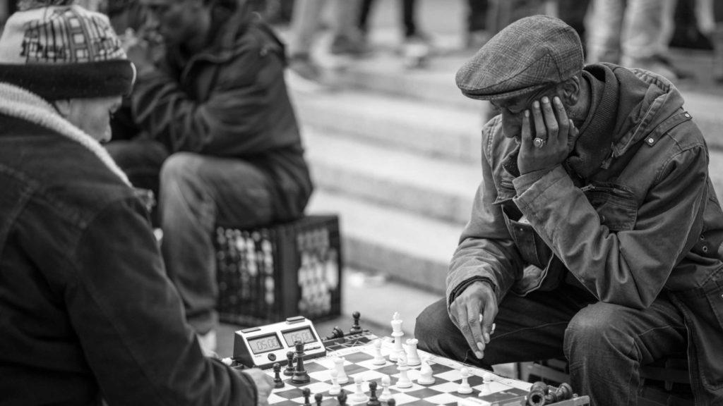 Joueurs echecs street New York